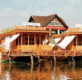 Kolu Group of Houseboats